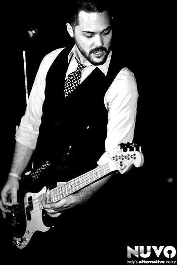 zach playing guitar